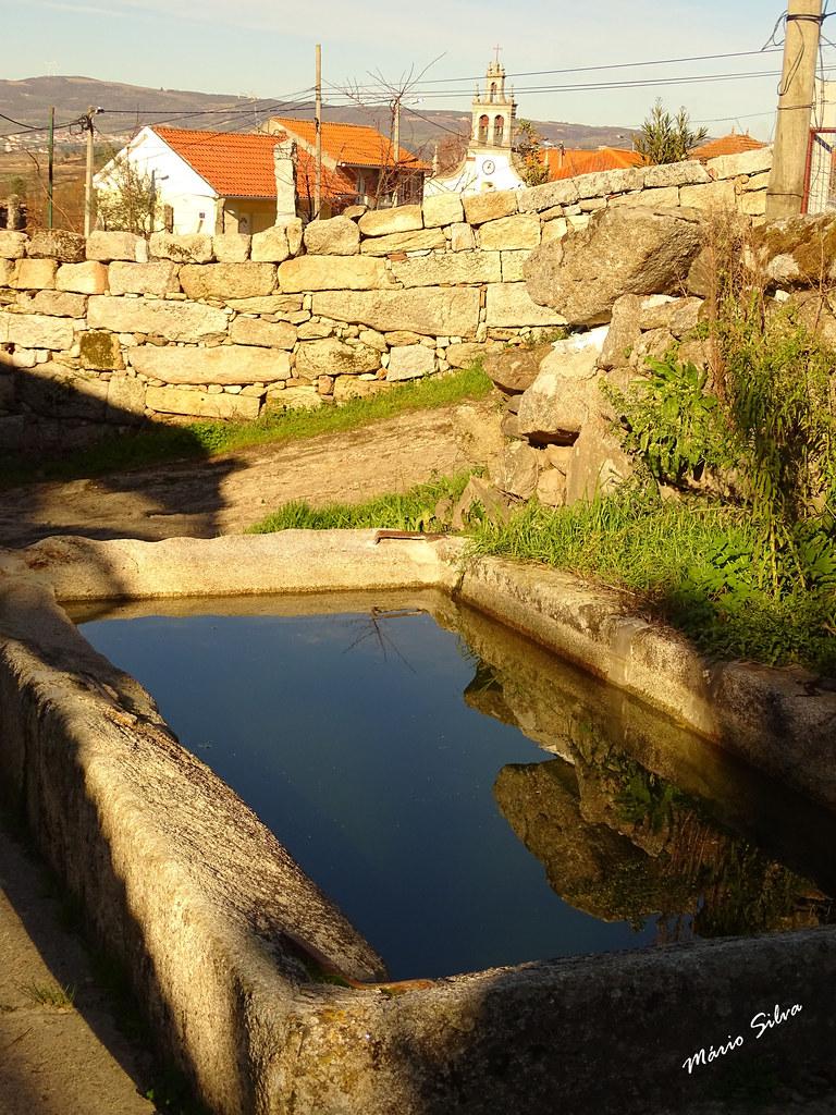 """Águas Frias (Chaves) - ... o tanque de Cimo de Vila ( por lá já se lavaram muitos """"cueirinhos"""" ...)"""