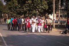 Singing Group - Nikon 105mm 2.5 P.C. ai-s (thomas.pirolt) Tags: india goverdhan radhakund streetphotography street streetlife sony a7 a7ii people portrait candid moment theindiatree nikon 105mm 25 pc ais