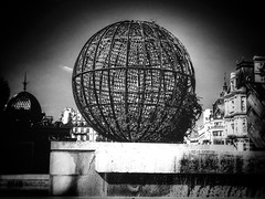 Urban Sphere (LUMEN SCRIPT) Tags: geometry sphere paris city urban bw blackwhite blackandwhite urbanphotography monochrome softfocus