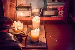 candle light (Roderick van der Steen) Tags: sonya7s sonyalpha shallowdof zeissmilvus50mmf14distagon zeiss milvus1450 zf2 stilllife candle novoflex