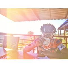 El precio del café, está en subir a lo alto de montaña ↗️↗️🐓🐓 . 📷 by @isaiassmatt 📷 🎄@lomaazulrestaurante . . . . . . . #LaBicicleteriaDO #OrbeaRD #MyOrbea #OrbeaOrca #Love #Bi (STIoficial) Tags: stioficial instagram turismo republicadominicana dominicana tourism travel trip dominicanrep dominican andoenrd