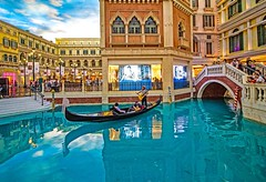 O' Sole mio (werner boehm *) Tags: wernerboehm thevenetian casino macao architecture china