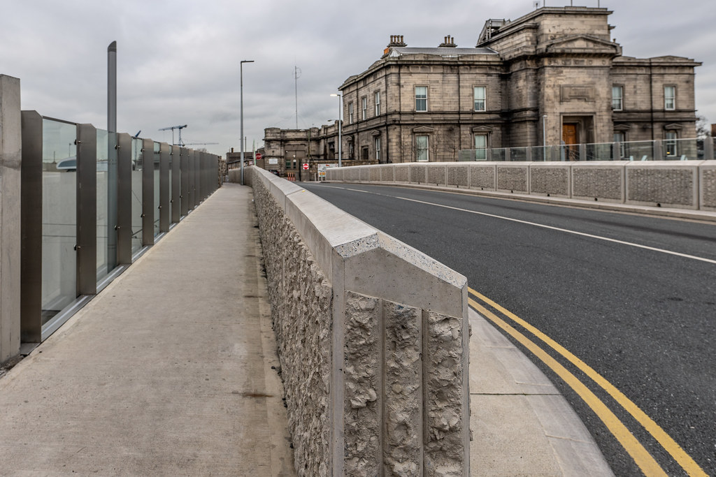 LIMITED ACCESS TO THE GRANGEGORMAN CAMPUS EAST-WEST CYCLE PATH [GRANGEGORMAN STATION AND LUAS TRAM STOP]-147395