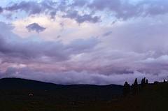 Le tempeste del cuore (michele.palombi) Tags: arezzo tuscany film 35mm kodak ultramax400 vento canona1 storm sunset