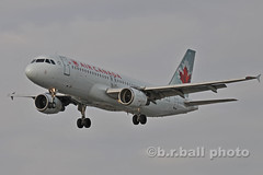 BRB_4563cesn c (b.r.ball) Tags: brball yyz torontopearsoninternationalairport aviation runway23 cffwi airbus a320211 aircanada ac140
