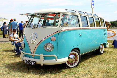"""DZ-55-86 Volkswagen Transporter Kombi Brasil 1965 • <a style=""""font-size:0.8em;"""" href=""""http://www.flickr.com/photos/33170035@N02/44624568460/"""" target=""""_blank"""">View on Flickr</a>"""