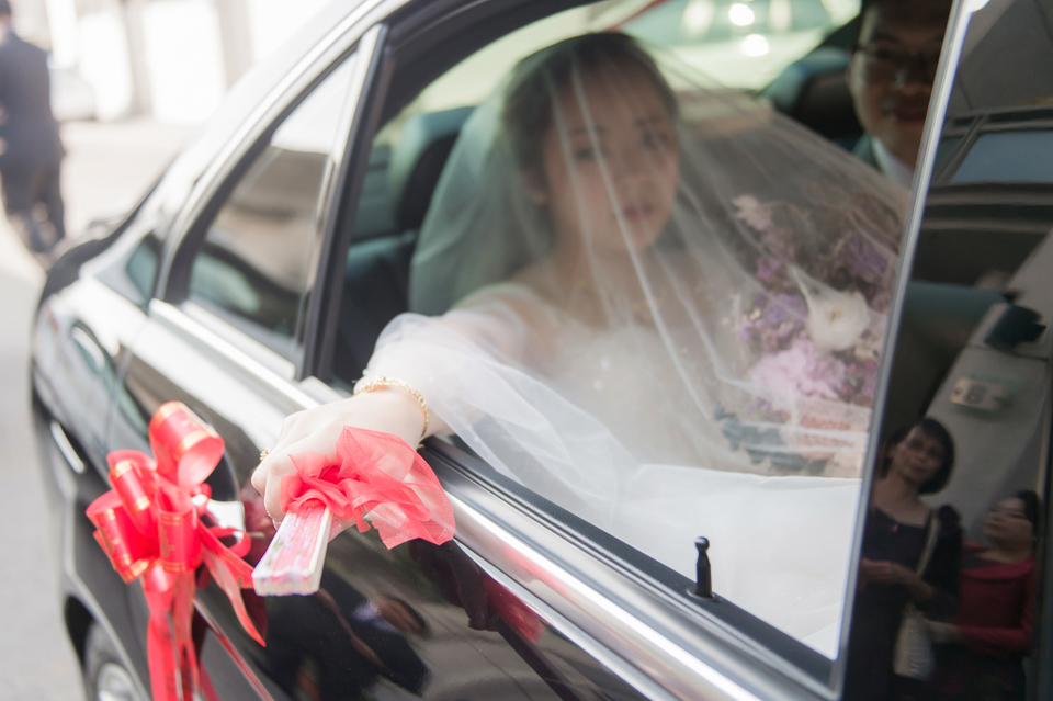 台南東東宴會式場 婚宴 走在幸福的紅毯上 R & B 070