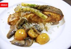 Miso Salmon (APERTURE X & THE CULINARY ADVENTURER) Tags: food singapore bistrocafe salmon miso asparagus rice