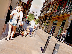 Barkelona (kirstiecat) Tags: barcelona barkelona catalonia street people strangers dogs canines animals dogwalk architecture spain espana canon perros perro littledoglaughedstories