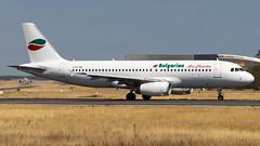 Airbus A320-231 LZ-LAB Bulgarian Air Charter (William Musculus) Tags: airport spotting plane airplane fra frankfurt am main rhein frankfurtmain fraport eddf flughafen lzlab bulgarian air charter airbus a320231 a320200 1t buc william musculus