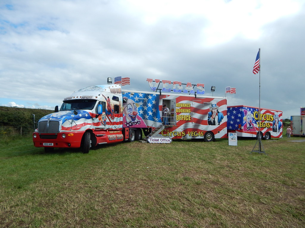The World's newest photos of circus and kenworth - Flickr