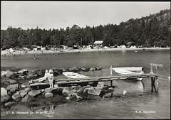 Postkort fra Agder (Avtrykket) Tags: strand badende barn brygge båt hus postkort pram skog sommer grimstad austagder norway nor