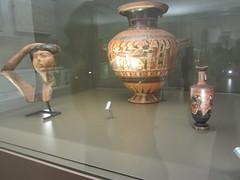 Harp, bottle and vase, CaixaForum, Madrid, June 2018 (d.kevan) Tags: exhibitions caixaforum ancientinstruments displaycabinets june2018 madrid spain exhibits greece vases bottles head ceramic