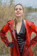 Blonde vinyl lady (sexyrainwear_dot_online) Tags: vinyl pvc latex leather lack leder boots overkneeboots overknees lackundleder lackleder lackmantel vinylcoat vinyljacket vinylskirt pvcskirt lackjacke lackstiefel