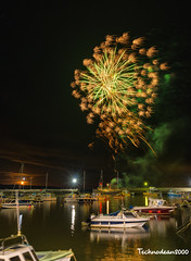 Saundersfoot's Halloween's Fireworks at the Marina (technodean2000) Tags: saundersfoots halloweens fireworks marina south west wales uk harbour light boats sand night nikon d810 ©technodean2000 lr ps photoshop nik collection technodean2000 flickr photographer wwwflickrcomphotostechnodean2000 www500pxcomtechnodean2000 sky road
