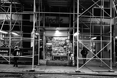snap 2 grid 2: get yr news on (ekonon) Tags: pushedonestop monochrome olympusxa2 1 blackandwhite film filmphotography