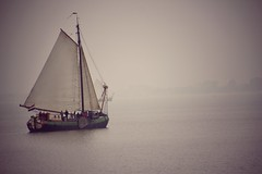 Sailing through Fog. Volendam, Holland (mtm2935) Tags: mystic místico sailing barco neblina boat ship holland volendam lake fog cruise