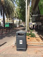 Glasdon Jubilee™ 110 Litter Bin (Glasdon International) Tags: glasdon glasdoninternational glasdonjubilee litterbin litter outdoor external onstreet parkbin