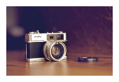 Minolta Hi-Matic 7 (VanveenJF) Tags: vintage film camera sony minolta himatic 7 35mm rangefinder