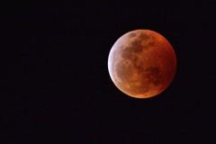 Moon shot # 2 - Lunar Eclipse (deanrr) Tags: moon lunareclipse superbloodwolfmoon bloodmoon redmoon sky night morgancountyalabama alabama northalabama