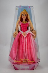 2018 Disney Parks Aurora Limited Edition Doll - Disneyland Purchase - Boxed (drj1828) Tags: disneyland purchase princess aurora sleepingbeauty pink disneyparks diamondcastlecollection 17inch doll collectible limitededition boxed