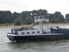LEHAR (Oli-unterwegs) Tags: lehar cargo ship schiff wasser water flus rhein deutschland duisburg binnenschiff