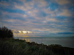 At the edge (@bill_11) Tags: england isleofthanet kent pegwellbay sunrise unitedkingdom ramsgate gb