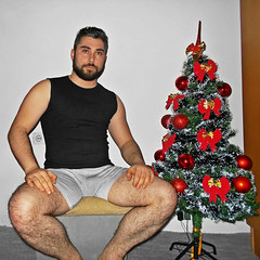 Spartacus (260) (@the.damned.spartacus) Tags: male big muscle bulge hunk hairy legs feet foot fetish toe chest gym