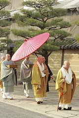 _MG_1847 (Nekogao) Tags: japan winter kyoto kansai 日本 関西 京都府 京都市 京都 冬 東寺 世界文化遺産 世界遺産 unescoworldculturalheritage unescoworldheritage toji 坊主 monks buddhistmonks