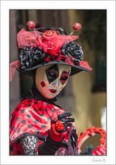 a Ladybug look! (Regard de coccinelle) :-) (Francis =Photography=) Tags: riquewihr alsace hautrhin carnival carnaval 2018 venetiancarnival grandest costumes suit venise venice canon600d carnavalvenitien fondblanc costume personnes bordurephoto europa europe yeux eyes 68 chapeau hat hut lady ladybug coccinelle portrait costumées carnavalvénitien extérieur costumés