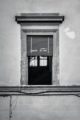 (Laura Sergiampietri) Tags: blackwhite biancoenero bn bw window light sunlight naturallight availablelight noon inside contrast geometric decay decadence wornout façade venetianblinds old ancient smcpk55mmf18 smcpentaxk55mmf18 emptyplanet