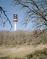 (el crater) Tags: film medium format 120 6x7 makina 67 80mm 120mm kodak portra tower tv hertzian monolith analog france