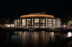 A night at the opera (eric zijn fotoos) Tags: donker dark night avond licht lights longexposure langesluitertijd architectuur architecture building gebouw avondfotografie nightphotography nightshot amsterdam holland sonyrx10m3