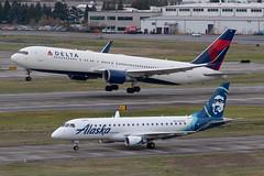 Delta Air Lines Boeing 767-332(ER)(WL) (zfwaviation) Tags: kpdx pdx portland international airport oregon or parking garage airplane aircraft jet plane aviation airliner runways take off landing 10r 10l rain spotting d750 200500mm n177dz delta b767 767300 dl 767