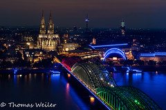 Köln 02 500px (1 von 1) (Thomas Weiler Fotografie) Tags: kölle alaaf architecture city night blue hour long exposure church bridge river rhine water reflections boats illumination germany cologne gamescom 2018 center historic triangle tower gothic overview panorama köln hohenzollernbrücke kölner dom rhein thomas weiler fotografie gotisch gotik altstadt