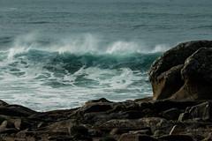 écume au vent (mimu_13) Tags: bretagne europe finistere france penmarch mer paysage rochers vague wave samsungnx nx500