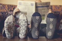 Calentitos (BeaKurs Foto) Tags: seasons2019mydiary calcetines athome juntos