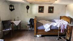 Maison troglodyte (BrigitteChanson) Tags: alsace grandest troglodyte eschbourg graufthal basrhin chambre lit