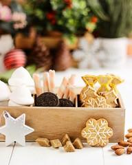 Sweet treats (littlelynx4) Tags: almondcookies cookies snowflake woodenbox boxofsweets sweets sweettreats homemadefood festivefood cozy foodphotography foodphoto foodphotographer marshmallow