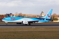 OO-TMB, Boeing 737-8 MAX of TUI. (David James Clelford Photography) Tags: ootmb boeing7378max tui landing 25l brusselsnationalairport aircraft airplane airliner airport aeroplane jet jetliner 737 boeing 7378max ebbr bru