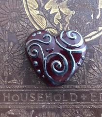"""Gothic Heart"" Focal Bead by Caroline Davis (Grand Rapids, Michigan) (diamondboa) Tags: focalbead bead glass lampworked handmade heart"