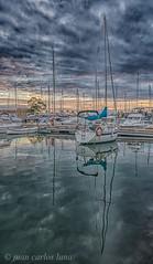 SAN CARLOS DE LA RAPITA (juan carlos luna monfort) Tags: santcarlesdelarapita barco boat bote hdr reflejo mar cielotormentoso puestadesol nikond7200 irix15 calma paz tranquilidad
