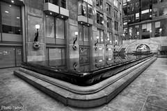 centre mondial du commerce de Montréal (photolenvol) Tags: centremondialducommercemontreal architecture bassin vieuxmontreal centrecommercial