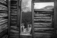 Independence _ Ghost Town #3 (USpecks_Photography) Tags: independence pitkincounty aspen ghosttown colorado miningtown mining decay ruins abandoned window logcabin