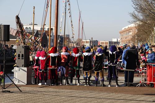 "Intocht Sinterklaas by Remko Schotsman <a style=""margin-left:10px; font-size:0.8em;"" href=""http://www.flickr.com/photos/44627450@N04/32233676588/"" target=""_blank"">@flickr</a>"