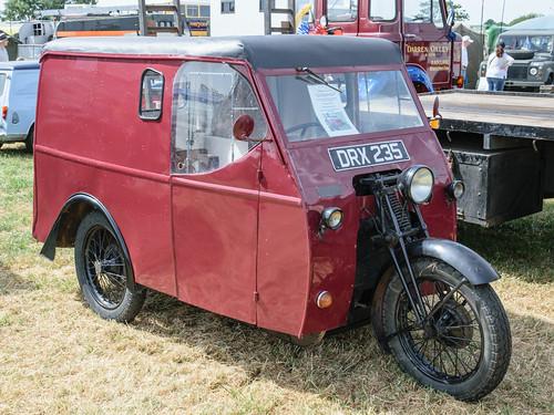 Reliant 8cwt Girder Fork Van (1947)