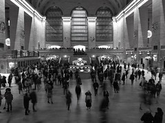 Grand Central Station (mesbkr1) Tags: nyc newyork grandcentralstation people blackandwhitephotography blackandwhite bnwphotography bnw canon streets urbanphotography streetphotography street photography