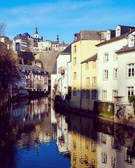 Sunny Luxembourg 💛 (joannab_photos) Tags: réflection colors sunny winter oldtown grund luxembourg