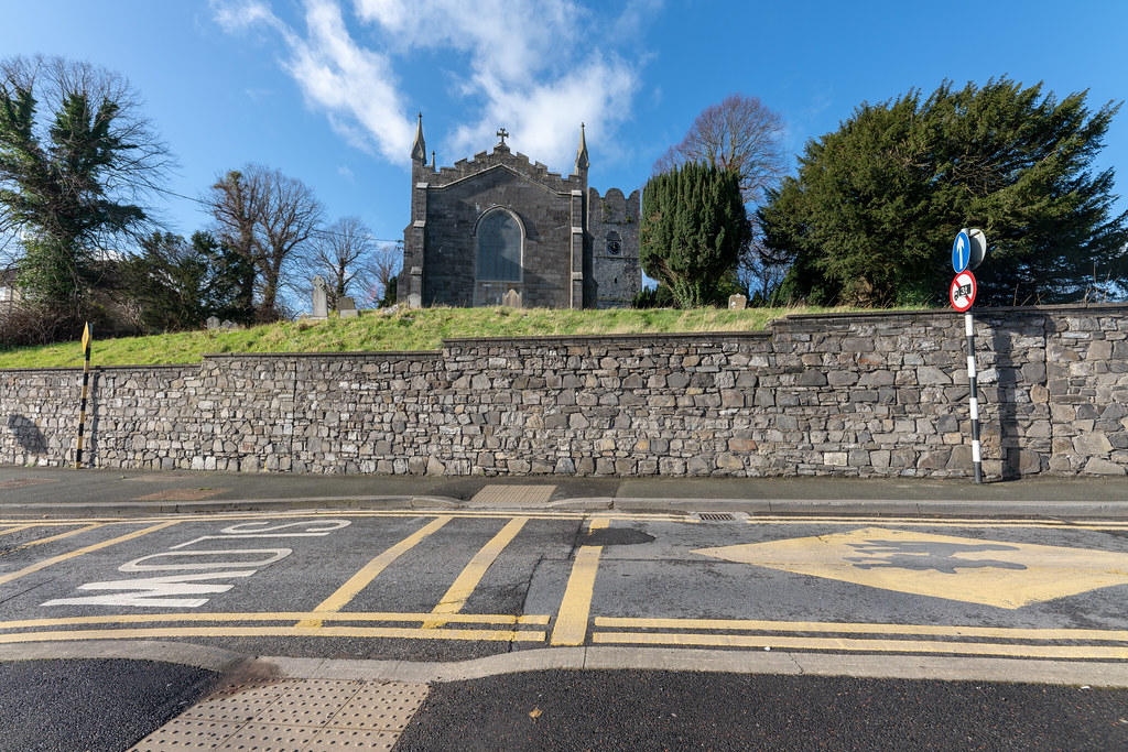 ST COLUMBA'S CHURCH AND GROUNDS IN SWORDS COUNTY DUBLIN [CHURCH ROAD]-148773