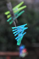 La pinza turquesa (Kasabox) Tags: color colour pinza minimalism minimalismo minimal relax dream sueño fantasia pin peg